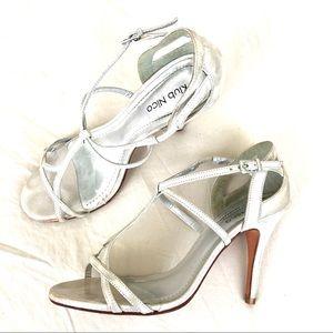 Klub Nico Marlene silver sandals size 7